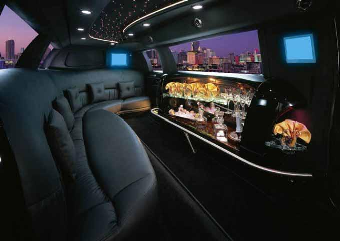 Fairfield Chrysler300 Limousine